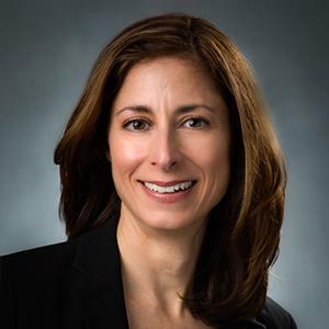 Maria Izurieta Headshot